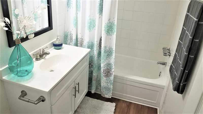 9212 Burke Street Apartments: Renovated Bathroom